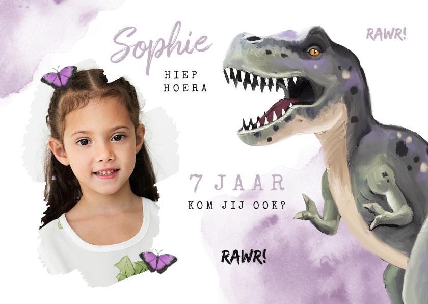 Kinderfeestjes - Uitnodigingskaart dinosaurus t rex meisje stoer vlinders