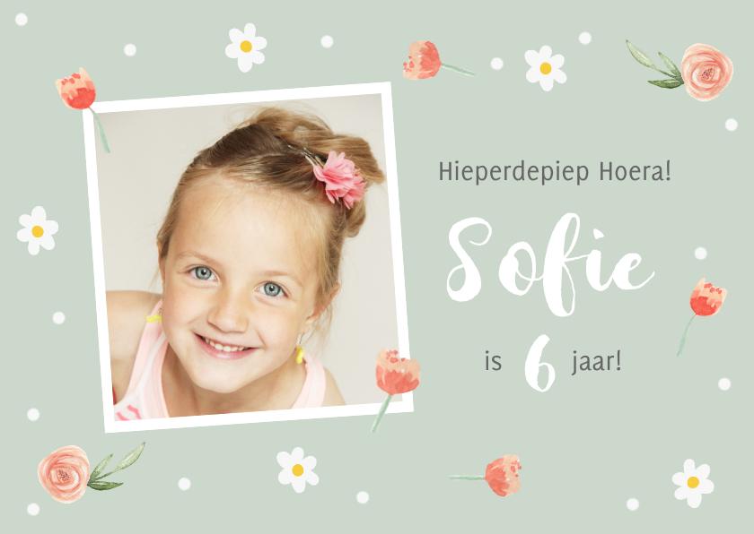 Kinderfeestjes - Uitnodigingskaartje bloemetjes