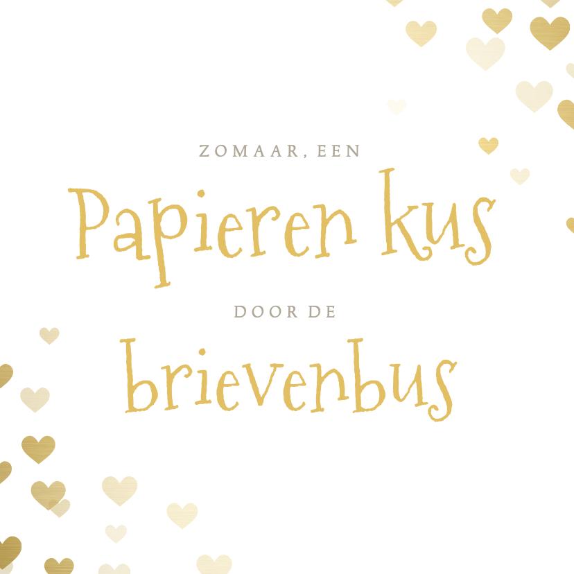 Liefde kaarten - Liefdeskaart papieren kus door de brievenbus met hartjes