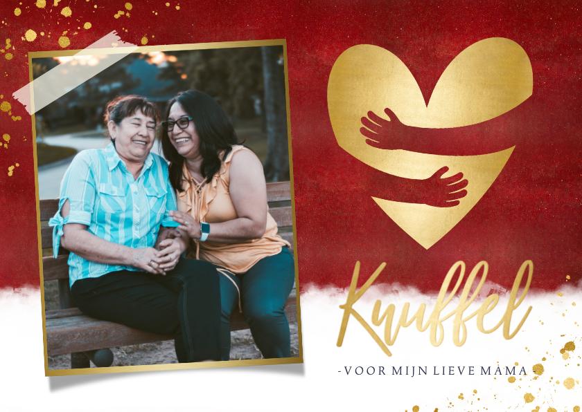 Moederdag kaarten - Stijlvolle rode moederdagkaart met gouden knuffel hartje