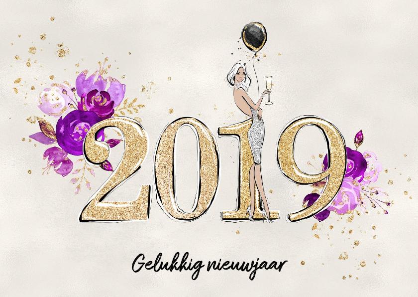Nieuwjaarskaarten - Nieuwjaarskaart 2019 in goud met bloemen