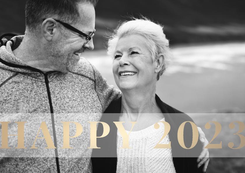 Nieuwjaarskaarten - Nieuwjaarskaart 'Happy 2022' stijlvol goud