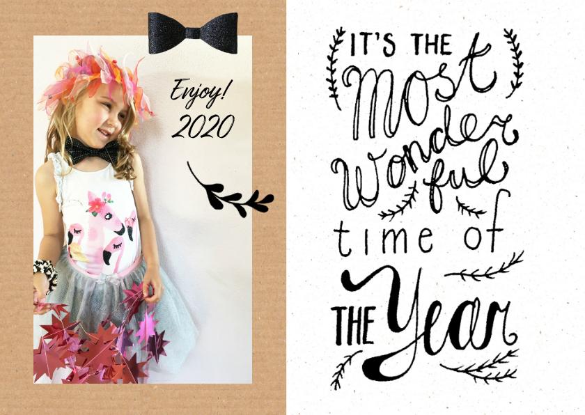 Nieuwjaarskaarten - Nieuwjaarskaart karton look met eigen foto en strikje