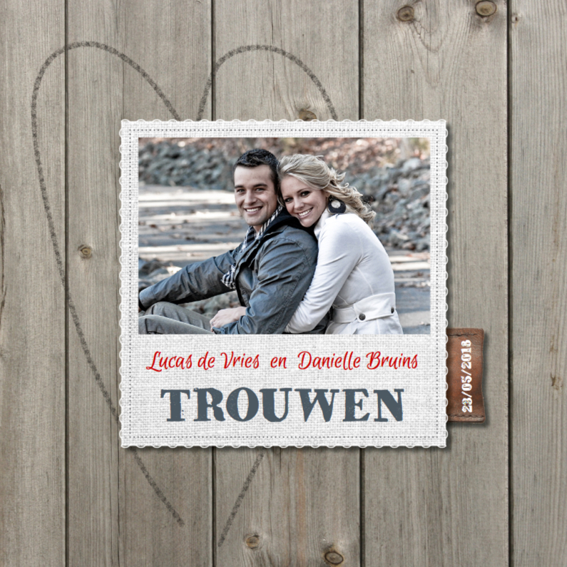 Trouwkaarten - Hippe foto trouwkaart hout