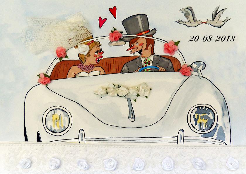Trouwkaarten - In het huwelijksautootje