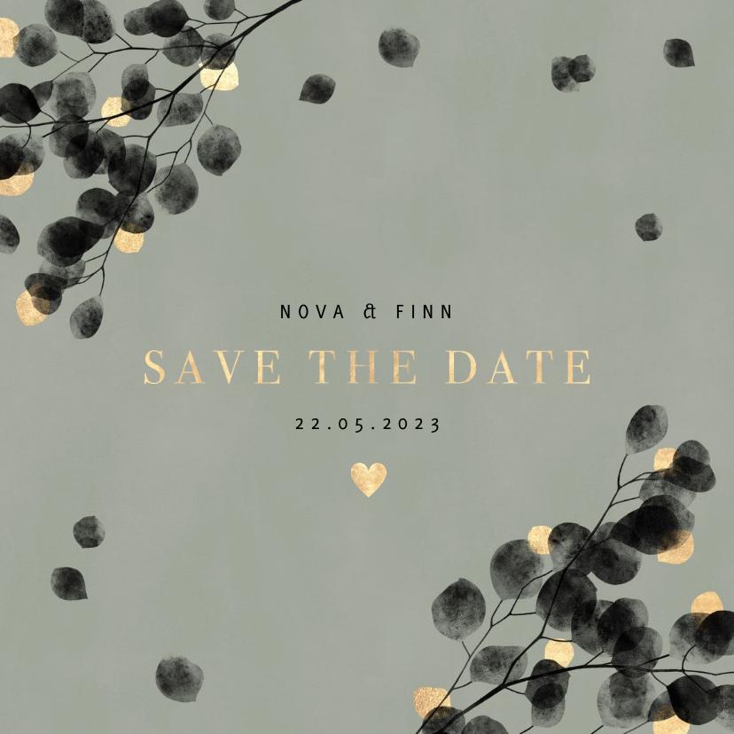 Trouwkaarten - Stijlvol eucalyptus en goud save the date kaart waterverf