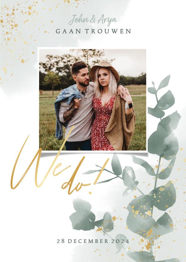 Trouwkaarten - Stijlvolle trouwkaart waterverf, plantjes & gouden spetters