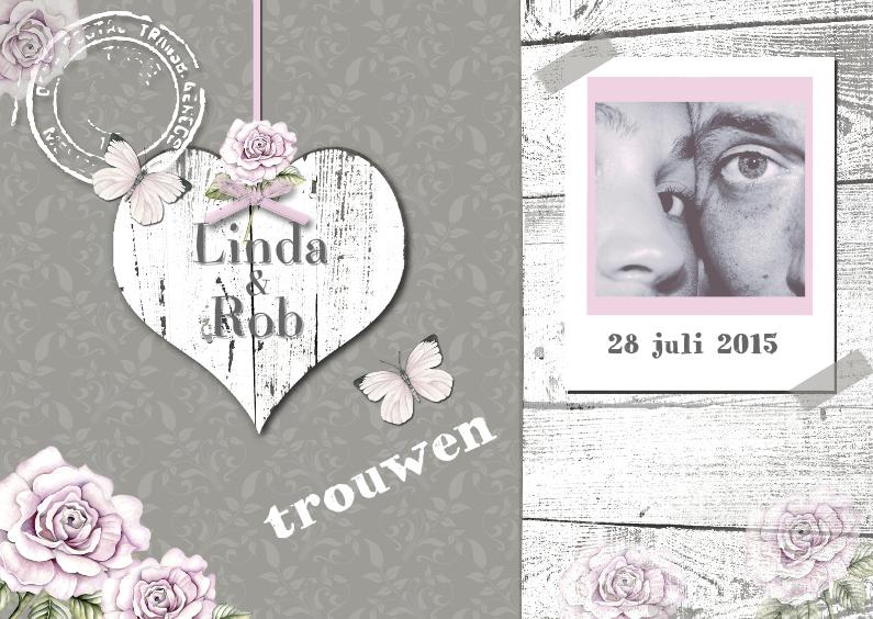 Trouwkaarten - Trouwkaart met wit houten hart