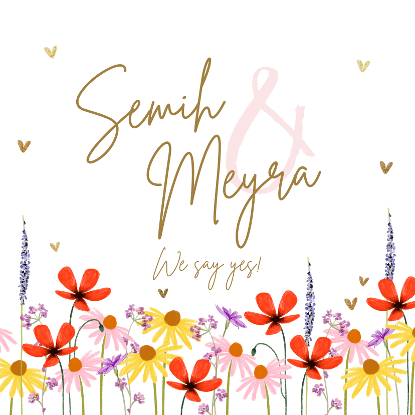 Trouwkaarten - Trouwkaart met zomerse bloemen en gouden hartjes
