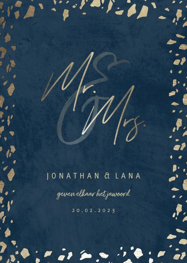 Trouwkaarten - Trouwkaart 'Mr & Mrs' donkerblauw met terrazzo patroon
