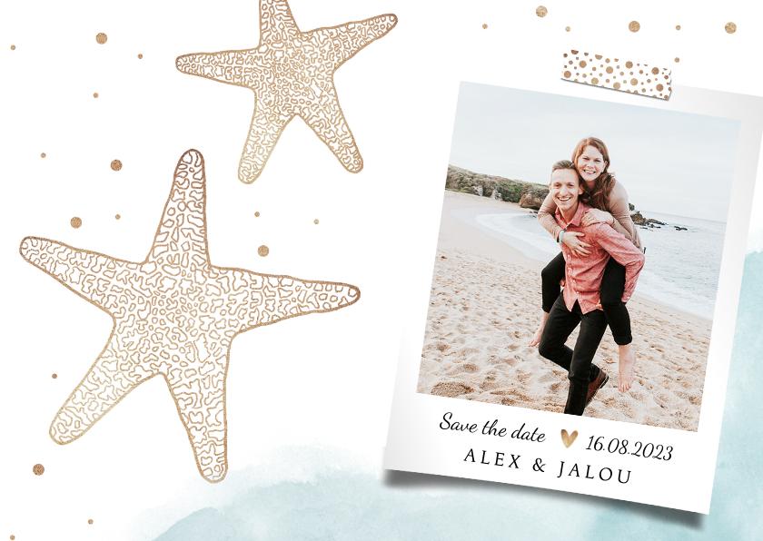 Trouwkaarten - Trouwkaart save the date strand zeester goud foto