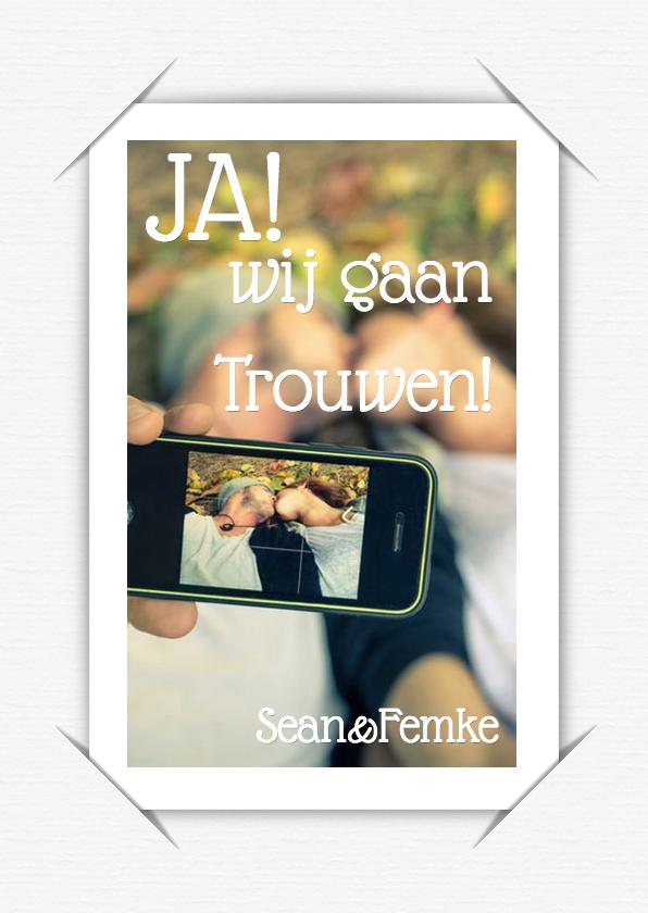 Trouwkaarten - Trouwkaart selfie wit c RB