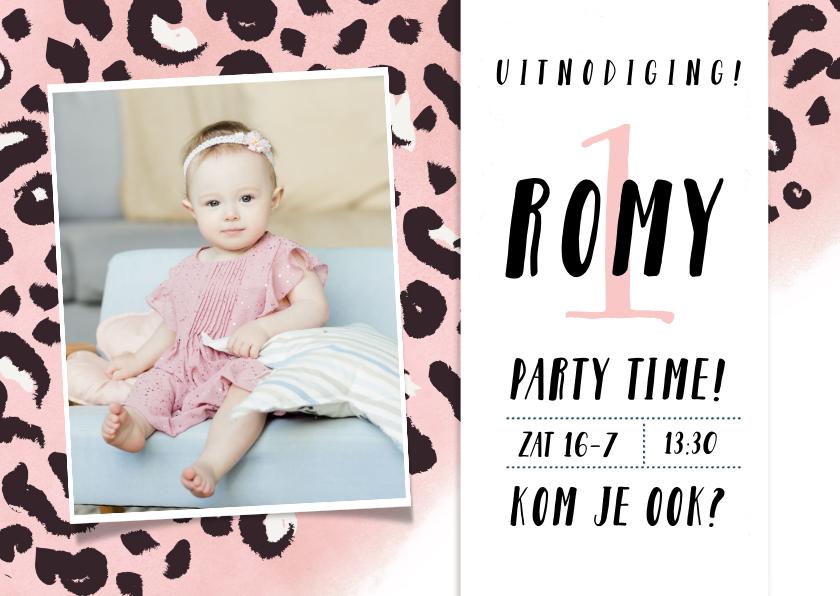 Uitnodigingen - Hippe uitnodiging verjaardag kind met roze luipaard patroon