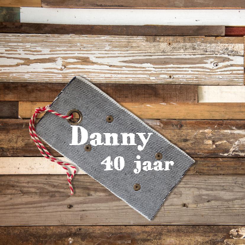 Uitnodigingen - hout verjaardag demin label