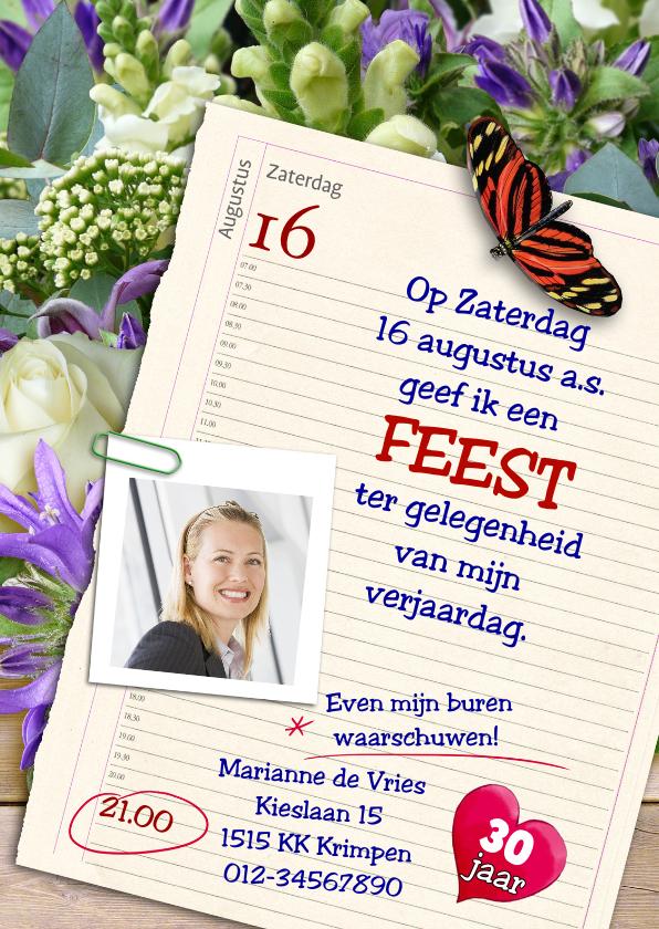 Uitnodigingen - Leuke uitnodiging met agenda-pagina op bloemen