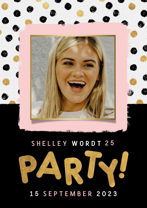 Uitnodigingen - Moderne uitnodiging voor verjaardag met stipjes, verf & foto