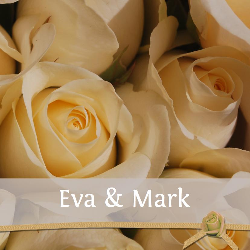 Uitnodigingen - Romantische rozen met lint