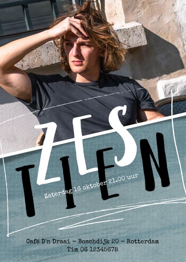 Uitnodigingen - Uitnodiging 16de verjaardag met foto en leuke typografie