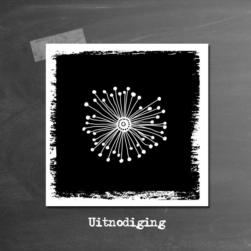 Uitnodigingen - Uitnodiging bloem schoolbord-IP