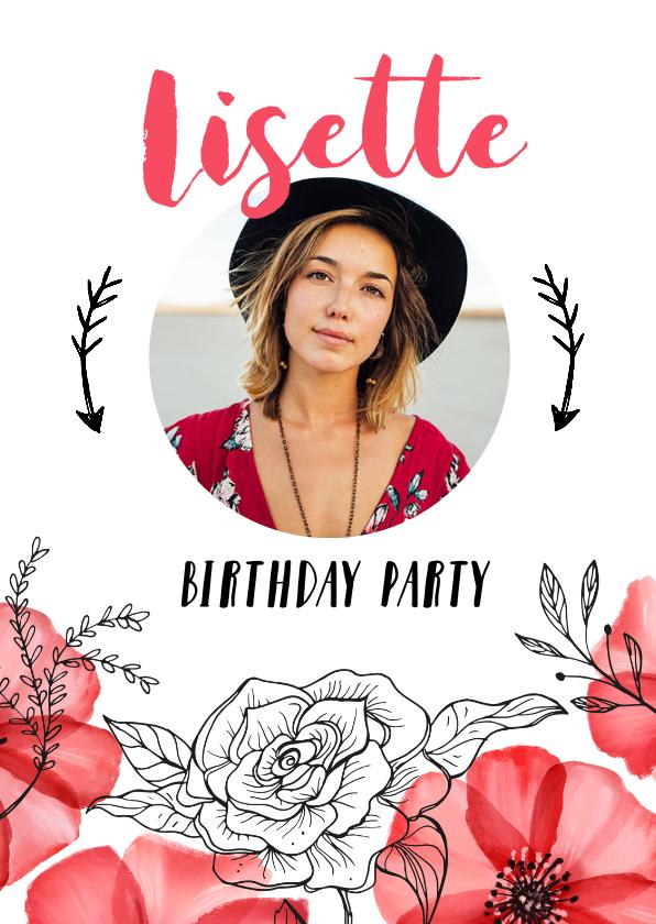 Uitnodigingen - Uitnodiging verjaardag vrouw hip met rode bloemen en foto