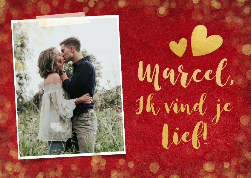 Valentijnskaarten - Rode valentijnskaart met gouden confetti, foto en naam