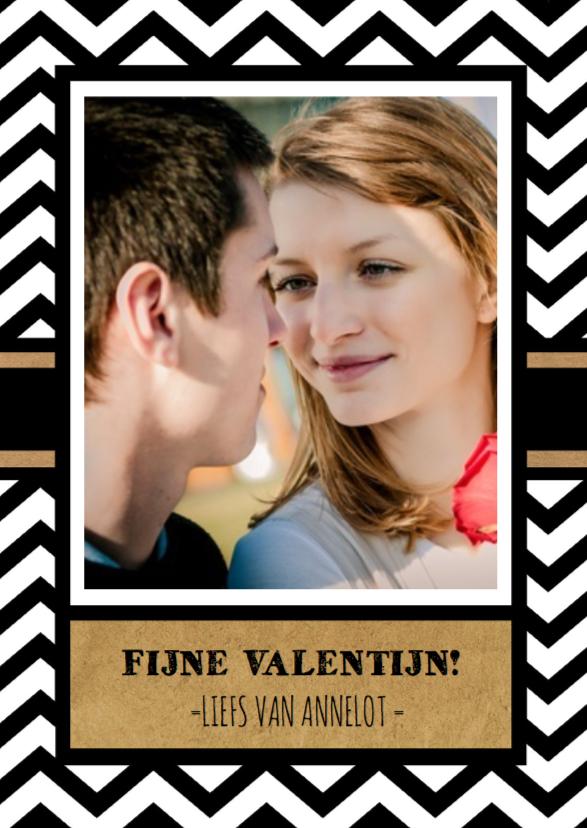 Valentijnskaarten - Valentijn zwart wit zigzag foto