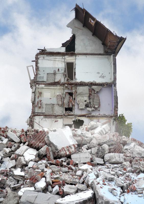 Verhuiskaarten - Huis in puin