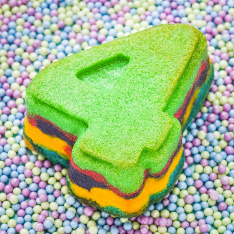 Verjaardagskaarten - 4 van regenboog cupcake