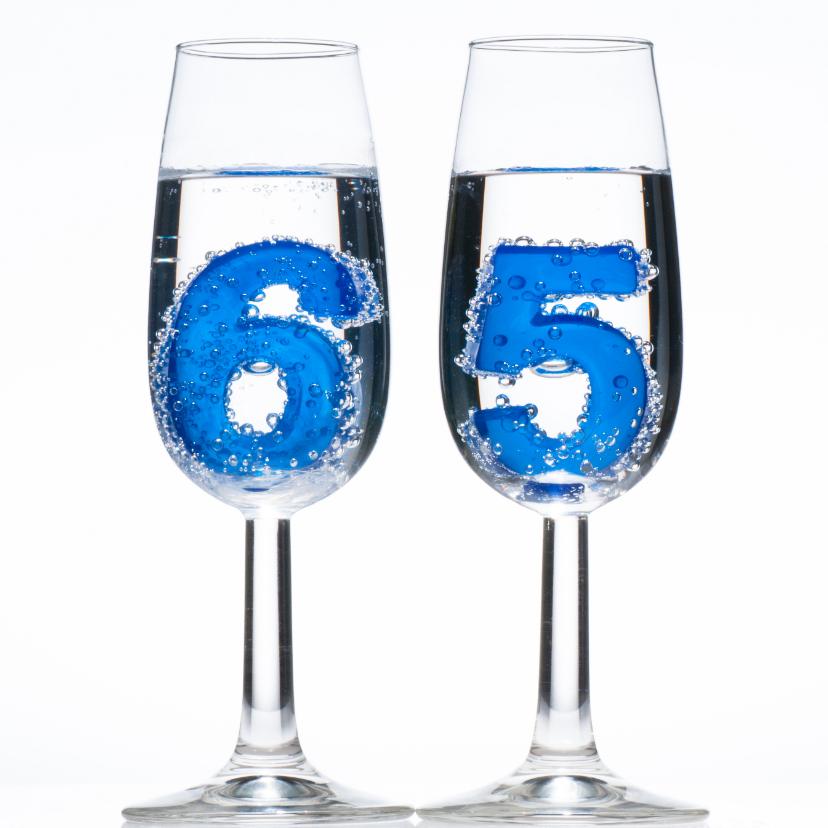 Verjaardagskaarten - 65 in champagne glazen