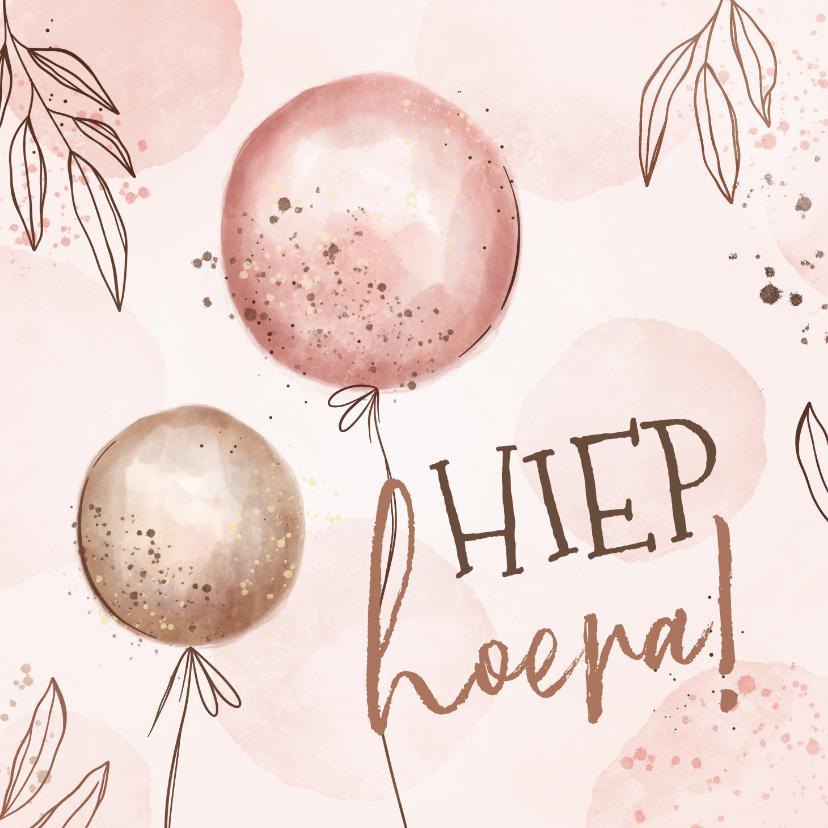 Verjaardagskaarten - Hippe verjaardagskaart met ballonnen en lijntekening takjes