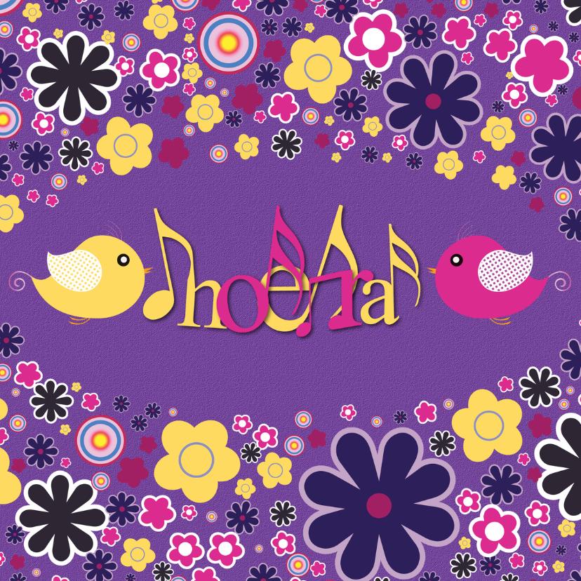Verjaardagskaarten - Hoera met vogeltjes en bloemen paars