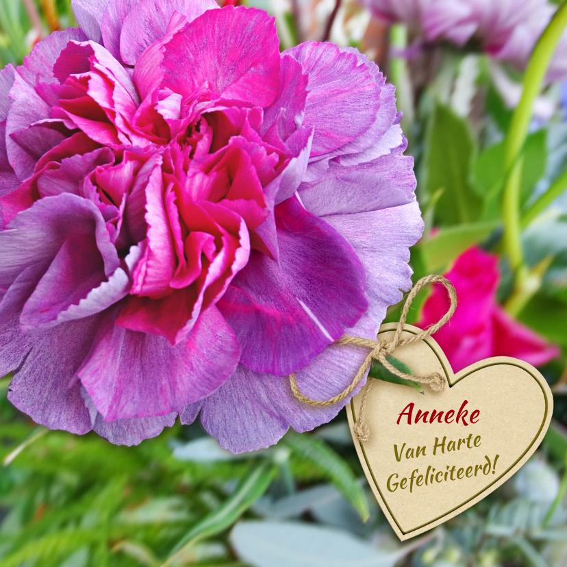 Verjaardagskaarten - Mooie verjaardagskaart met anjer en hart voor een senior