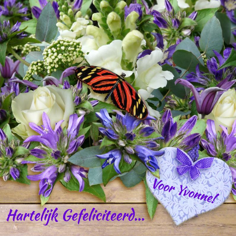 Verjaardagskaarten - Mooie verjaardagskaart, vlinder op bloemen en hart