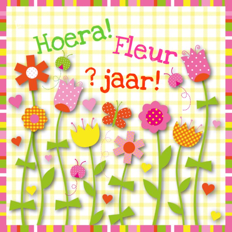 Verjaardagskaarten - Verjaardagskaart bloemen ruitjes meisje