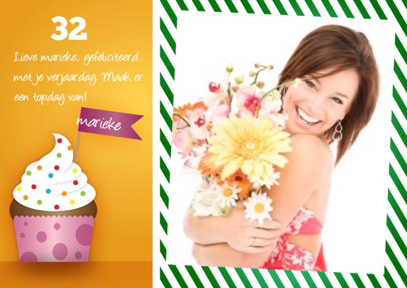 Verjaardagskaart cupcake en foto 1