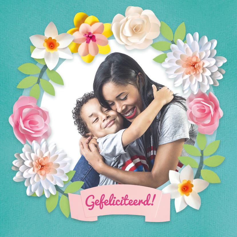 Verjaardagskaarten - Verjaardagskaart met foto en bloemenkrans