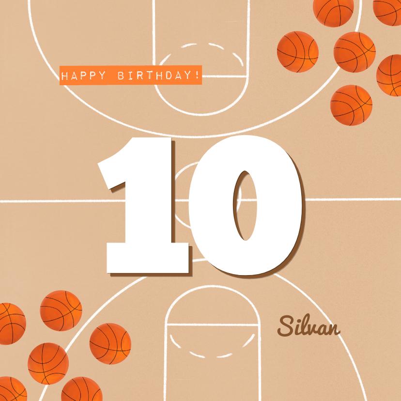 Verjaardagskaarten - Verjaardagskaart oranje basketbalveld aan te passen leeftijd
