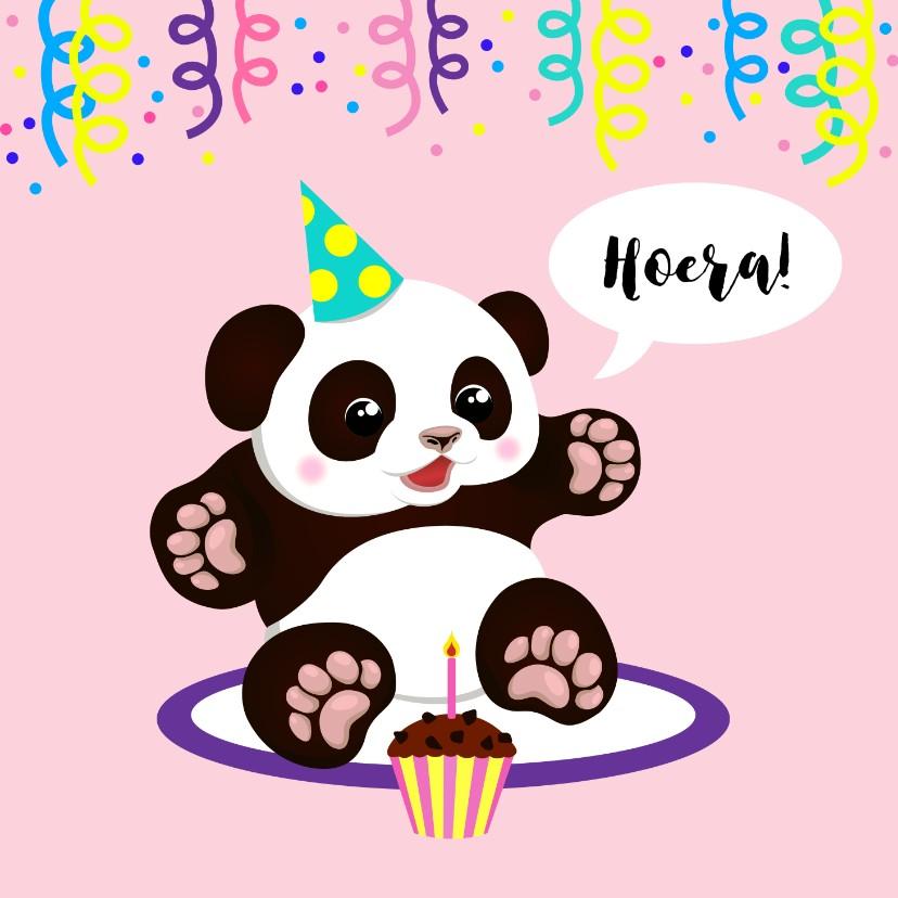 Verjaardagskaarten - Vrolijke verjaardagskaart met panda, cupcake en slingers