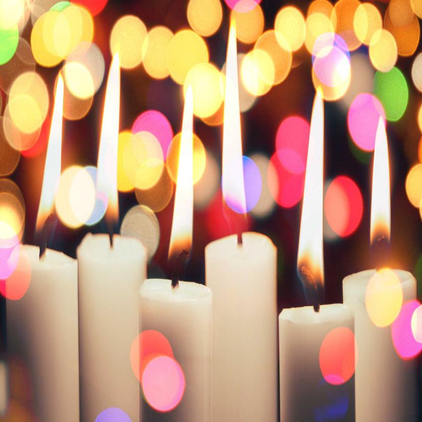Zakelijke kerstkaarten - Kerstkaart met brandende kaarsen kleurrijke achtergrond
