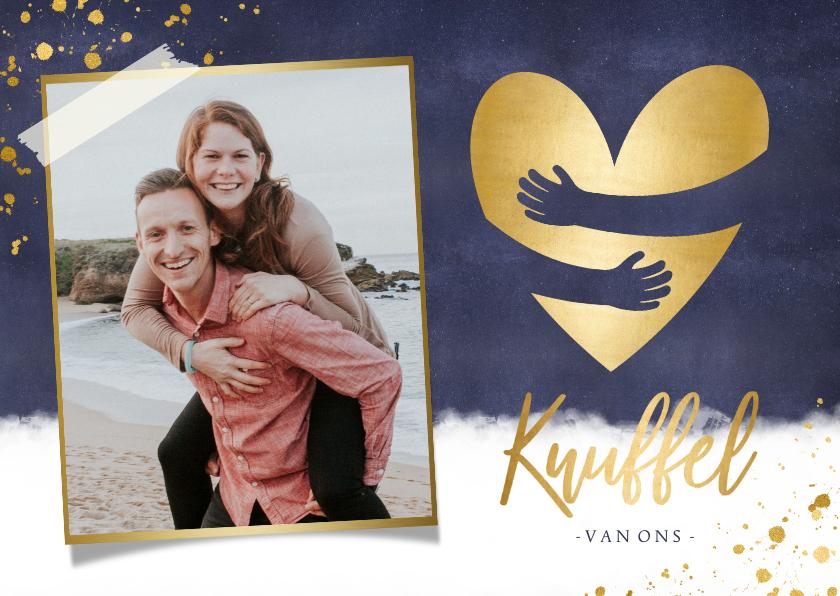 Zomaar kaarten - Stijlvolle knuffel kaart met foto en gouden hart omhelzing